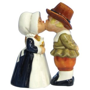 Westland Giftware Mwah Magnetic Pilgrims Salt and Pepper Shaker Set, 4-1/4-Inch