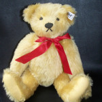 Antique Collectible Steiff Teddy Bears