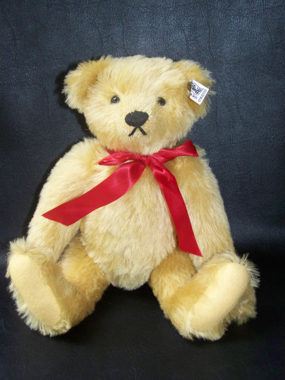 Collecting Vintage Steiff Teddy Bears