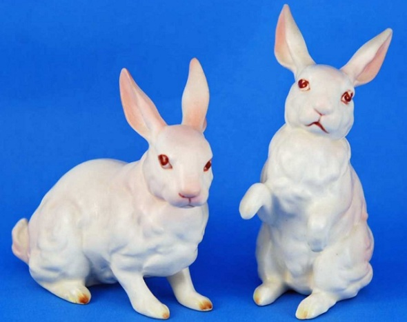 Vintage Lefton Easter bunny figurines